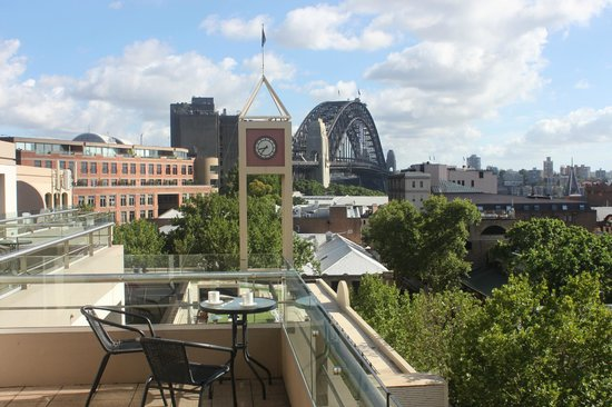 Rendezvous Hotel Sydney The Rocks: View from patio