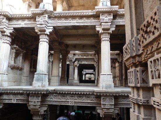Adalaj Step-well: Upper storeys of Adalaj Step well showing intricate carvings