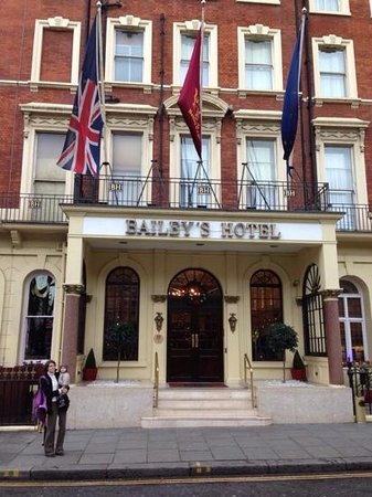 Millennium Bailey's Hotel London Kensington: facade avant