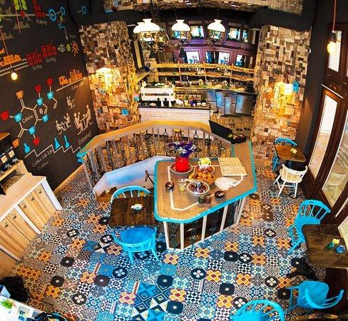 Restaurants Near The Blue Bird Cafe