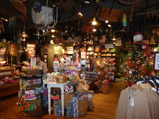 Cracker Barrel General Store Elkton