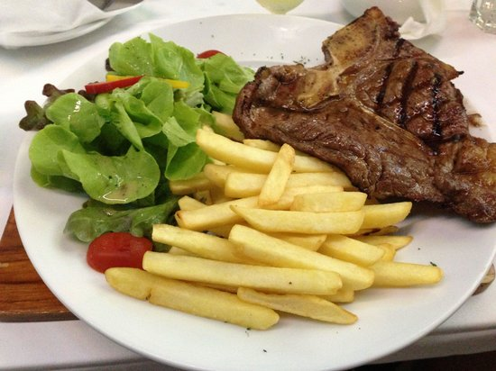 Bondi Aussie Bar & Grill Lamai: Mother of all T Bone