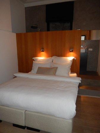 Kaai 11: Slaapkamer met douche erachter
