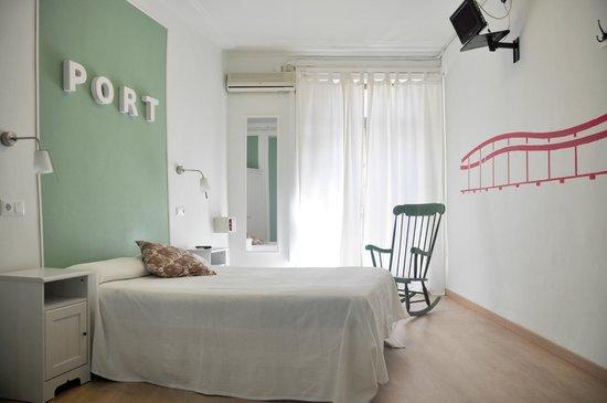Pension Portugal: habitacion matrimonio superior con balcon a calle