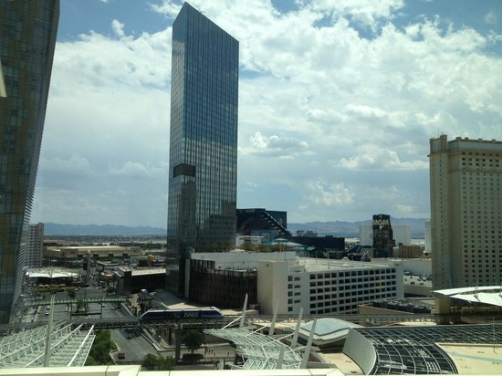 ARIA Resort & Casino: View from standard room with partial view of the strip
