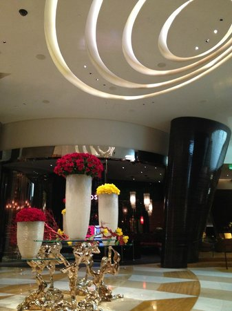 ARIA Resort & Casino: Inside the hotel lobby