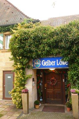 Landgut-Hotel Gelber Loewe: The entrance