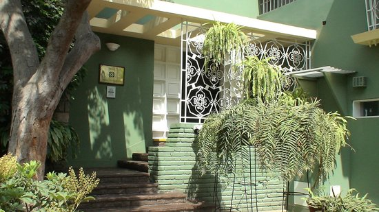 Basadre Suites Boutique Hotel: Hotel Entrance