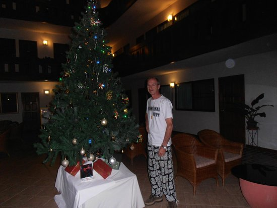 Tawan Court : christmas2013