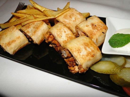 Al Hamra Restaurant: Schawarma mit Huhn