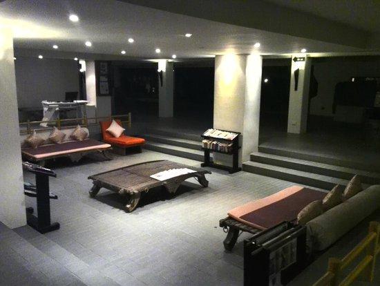 Muang Kulaypan Hotel: Ресепшен