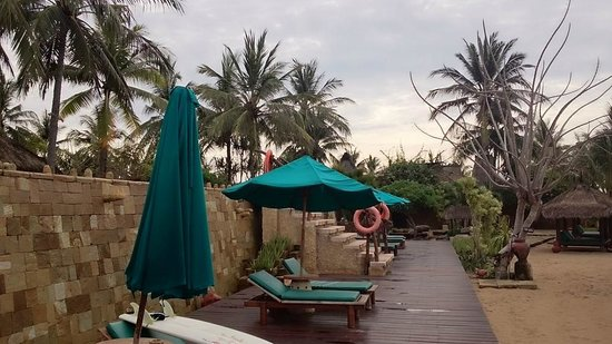 Novotel Lombok: pool deck