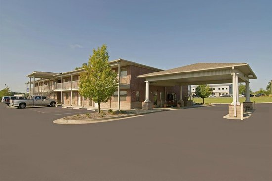 Americas Best Value Inn and Suites Little Rock/Bryant : Hotel Grounds