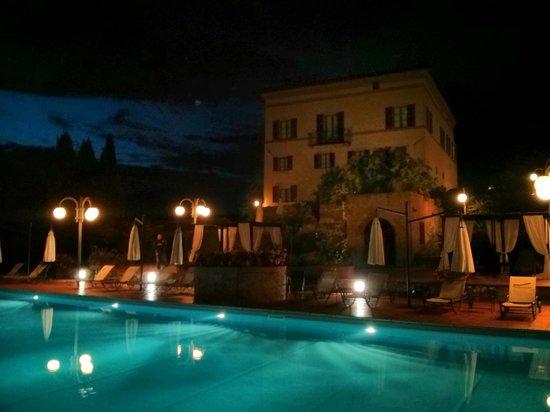 Villa Curina Resort: Lato Piscina