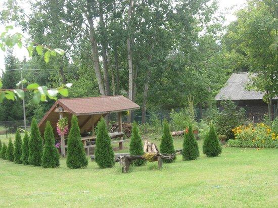 Szpak Lodge : wiata