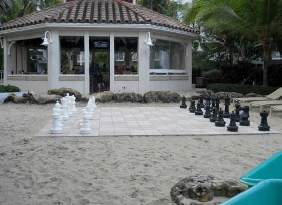 Lago Mar Beach Resort & Club : two of the many things to do while out in the beach area