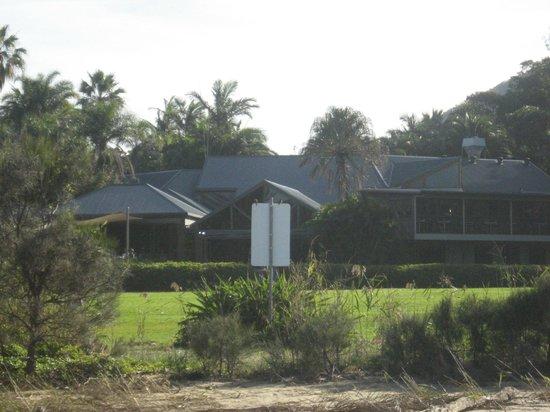 BreakFree Aanuka Beach Resort : looking at the resort from the beach