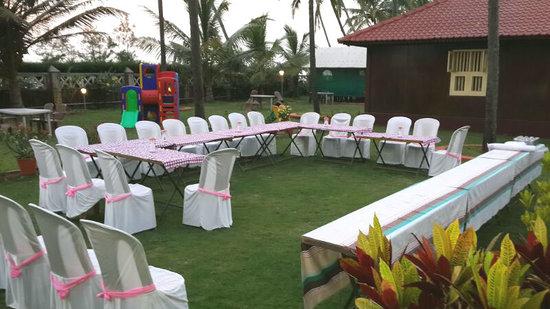 Asokam Beach Resort: Dressed for Dinner meet