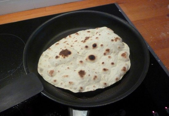 My Little Kitchen : Home made tortilla wraps