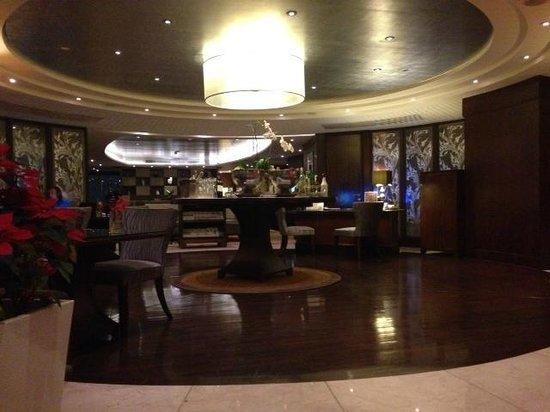 Pullman Bangkok Grande Sukhumvit: Executive Club lounge