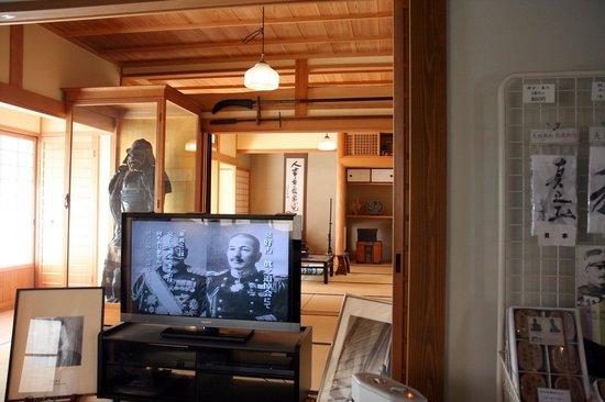 Akiyama Brothers' Birthplace: 生家の中も見学できます。