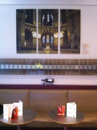 Mercure Hotel Aachen am Dom: The bar/lounge