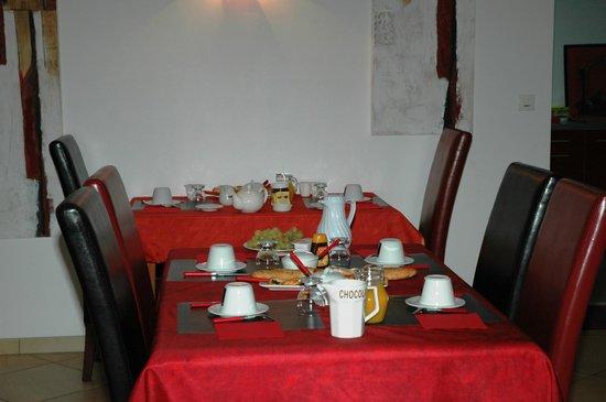 Chambre d'Hotes des Ducs: petit dejeuner