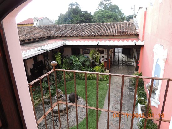 Hotel Posada San Pedro: Posada San Pedro - Pation as seen from our room