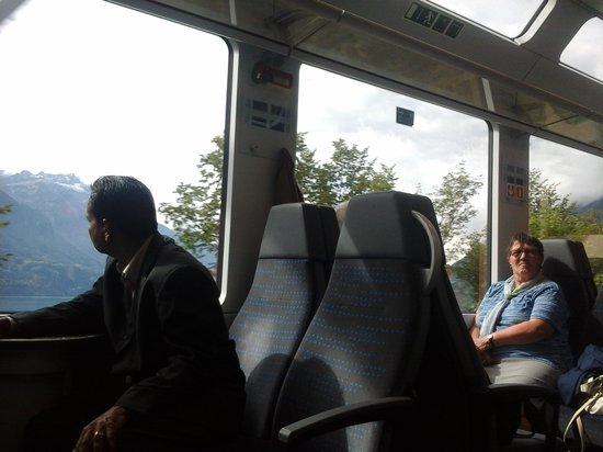 ibis Luzern Kriens: From the Goldenpass Panoramic Express to Interlaken.