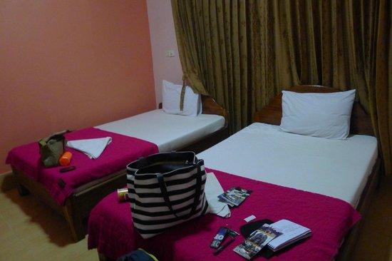 Bun Kao Guesthouse: Bed