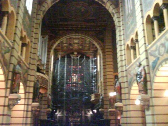 Italian Building: capela do mosteiro