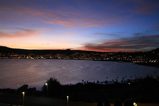 Libertador Lake Titicaca: View - sunset