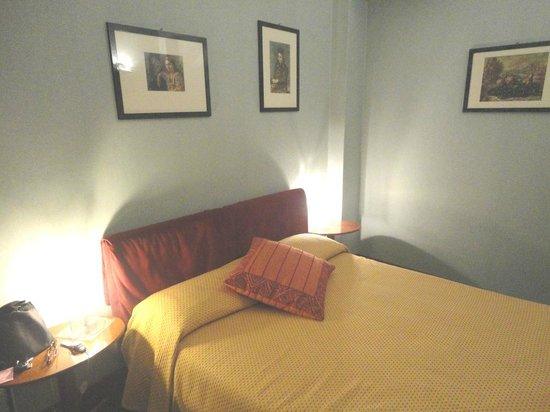 Hotel La Villa Manuelina : La camera da letto