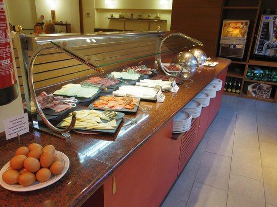 Hotel Platjador: Breakfast