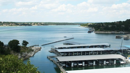 Lakeway Resort and Spa: Lake Travis view from patio