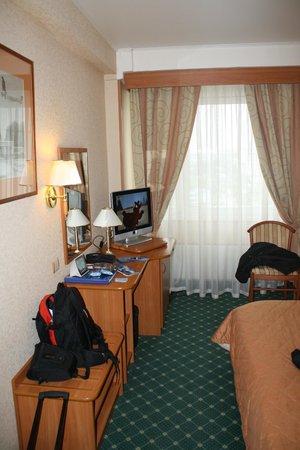 Vega Hotel & Convention Center: фото номера