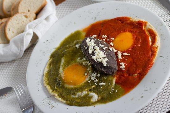 Hotel Rúa B&T: Deliciosos huevos divorciados
