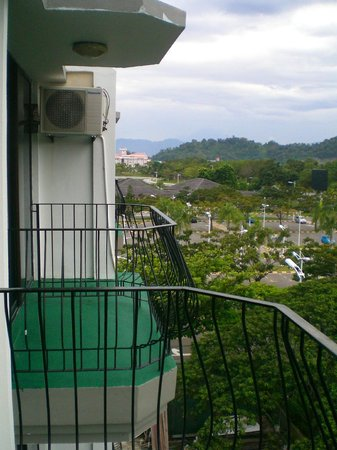 Casuarina Tanjung Aru Hotel: view from the room