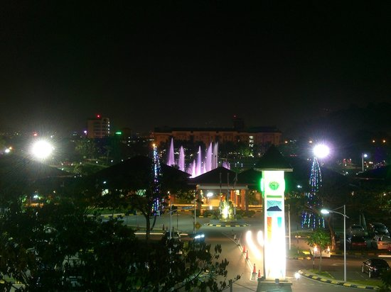 Casuarina Tanjung Aru Hotel: perdana park