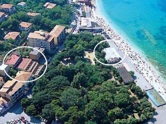 Hotel Crystal: L'Hotel e la spiaggia