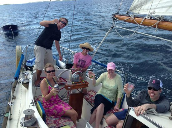 Sail with Captain Max : Good times!