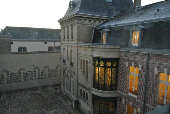 Hotel Castel Jeanson : vue de la chambre