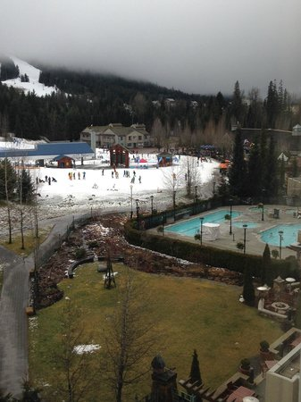 Fairmont Chateau Whistler Resort: View from slope side deluxe room