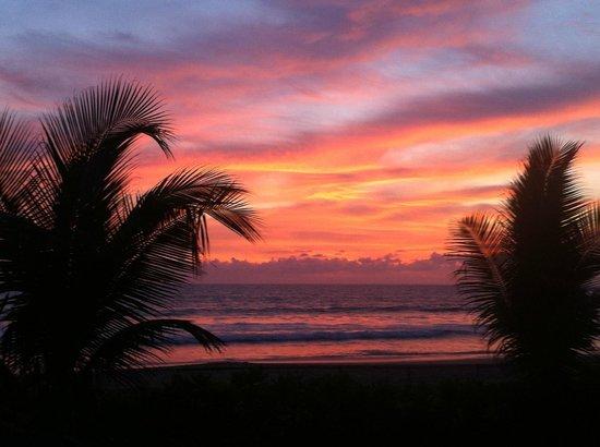 The Oberoi Bali: Sunset im November