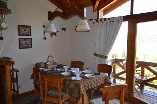 Bungalows Buena Vista: Coihue - comedor - planta alta