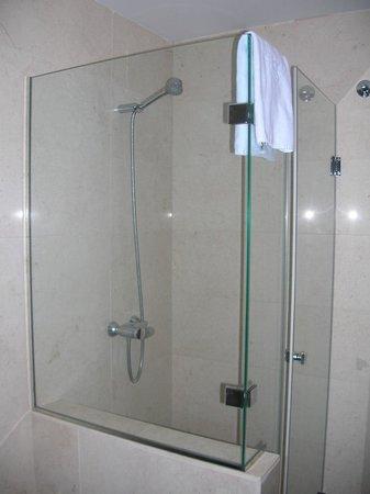 Al Sur Apartamentos Turisticos : Salle-de-bains