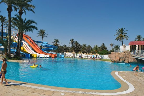 SunConnect One Resort Monastir : ATTENTION !!!! 4 photos de la piscine toboggan 1