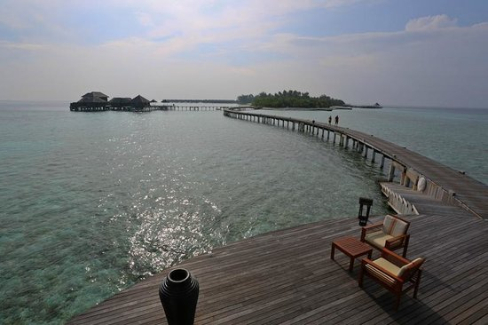 Coco Bodu Hithi: the linkage to the island from EWR