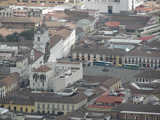 Casa Gangotena: The hotel is the white building just lower left of centre