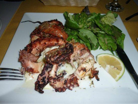 Vrachia Beach Resort : diner